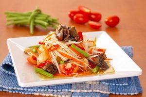 som-tom-thai-spicy-papaya-salad-food