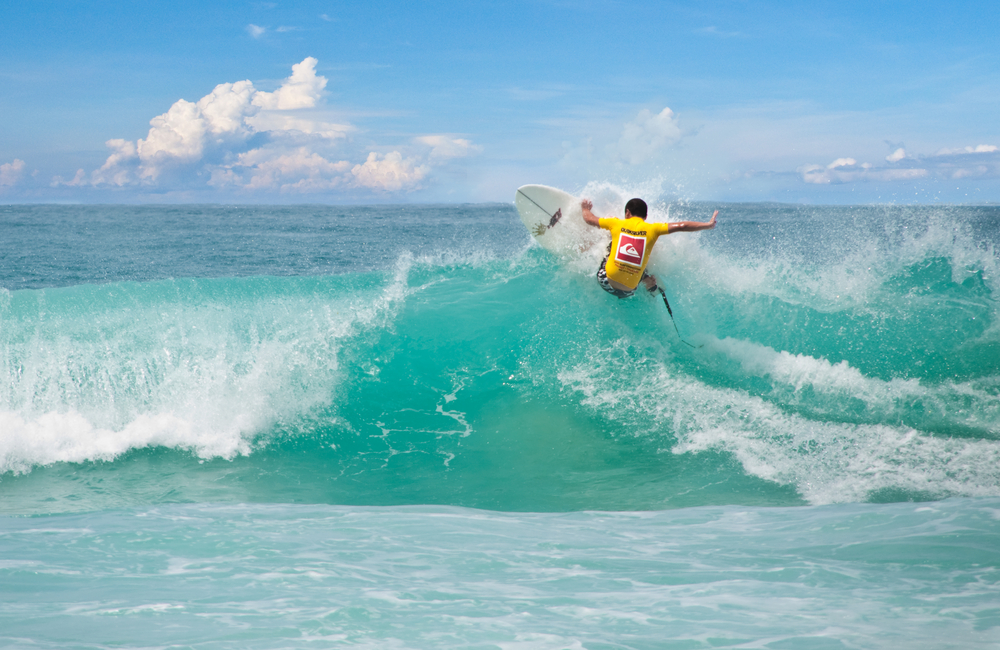 surfing-in-phuket