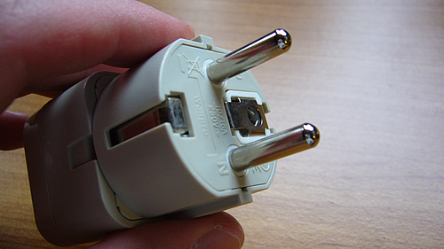 adapter-electric-plug