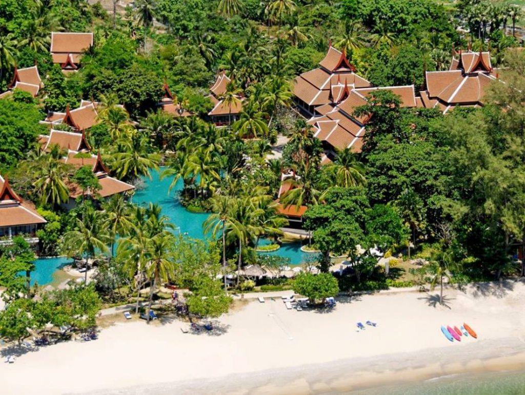 beachfront-hotel-of-the-best-accommodation-in-phuket