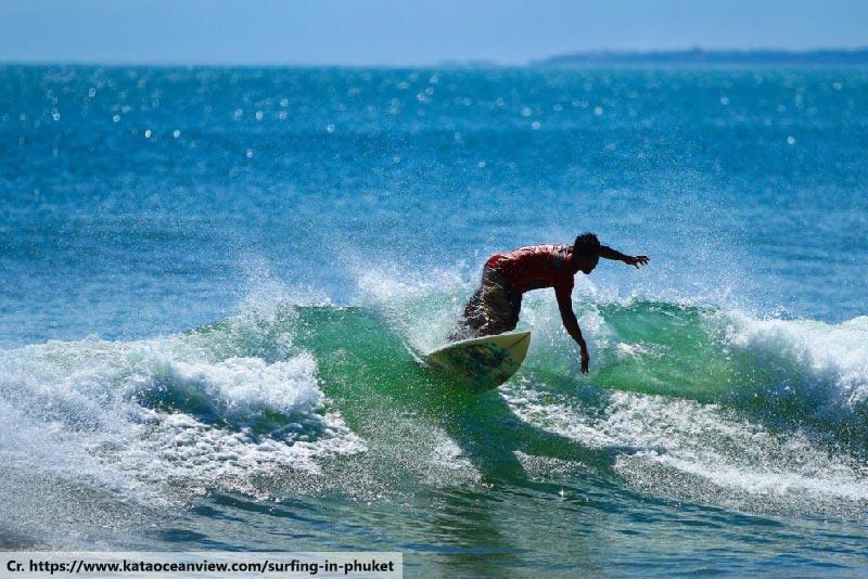 Thailand_Surfing_in_Phuket