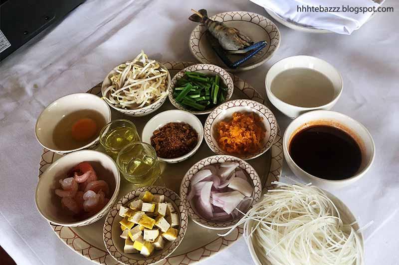 phuket,thavornbeach,thai,cooking